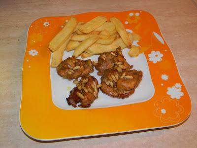 pollo al marsala, senape e pinoli