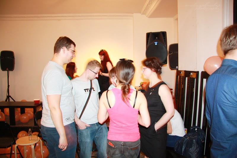 Networking urodzinowego spotkania Geek Girls Carrots Łódź, kobiety, mezczyzni