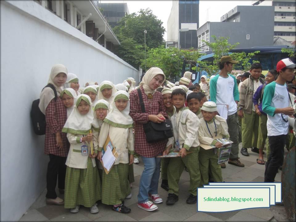 jalan jalan ke museum bank indonesia