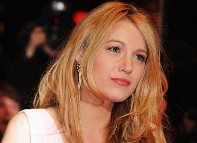 Blake Lively look hot and sweet ever
