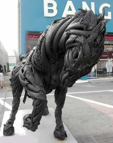 Stunning Animal Sculptures Made of Car Tires