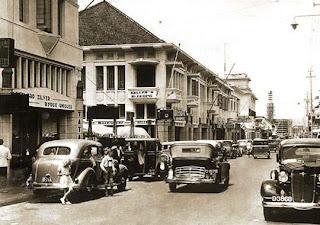 Tempat Wisata Di Bandung - Jalan Braga Bandung 2