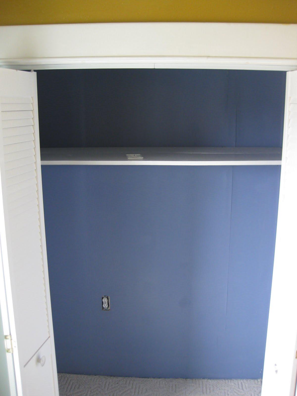 Nursery Closet {Organizational Ideas!}