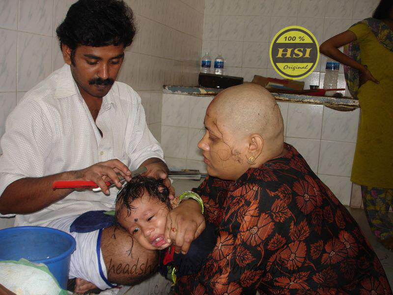 Indian Women Saritha And Her Family Goto Headshave 1