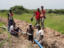 Zumbwa dia Mpanga - Nascente d´Água à 12 km de Kinzau e 350 km de Luanda