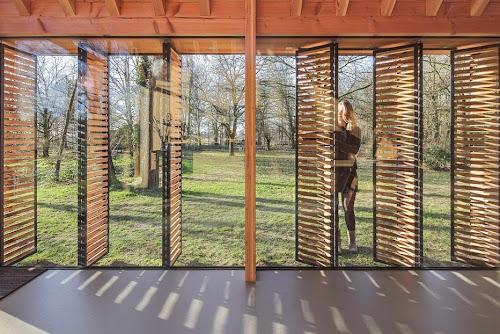 Recreation House by Zecc Architecten