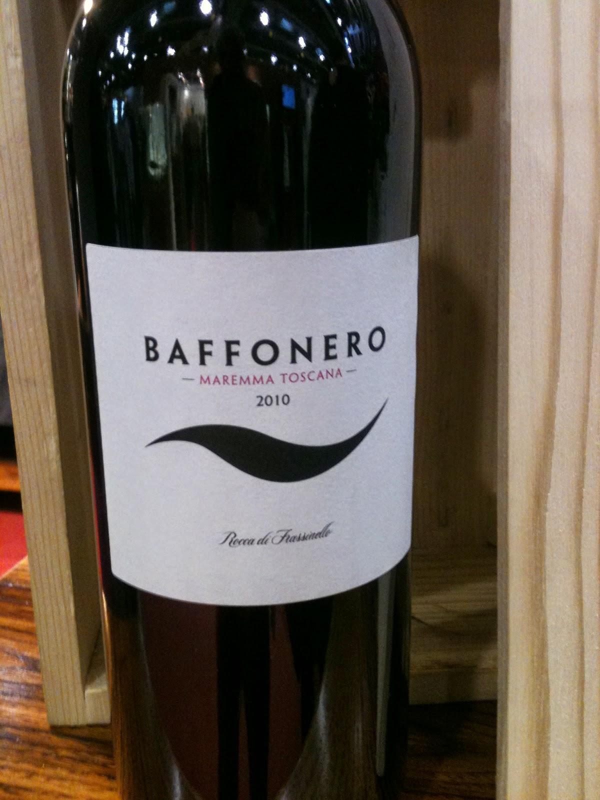 merlot vino bottiglia etichetta design packaging etichette wine rosso nero naming nome name