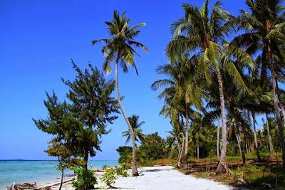 Pantai Di Pulau Tidung