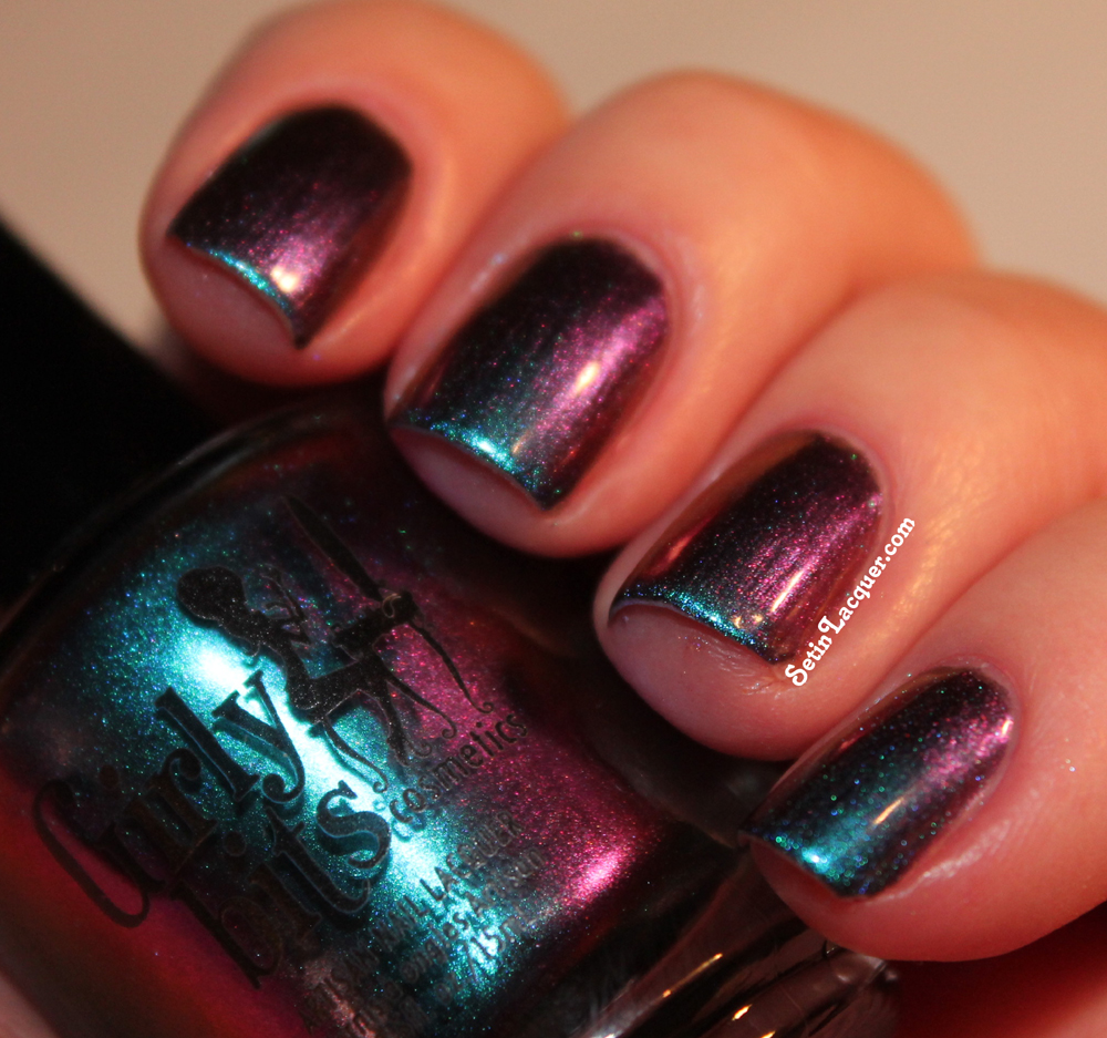 Girly Bits - Wave the Sails