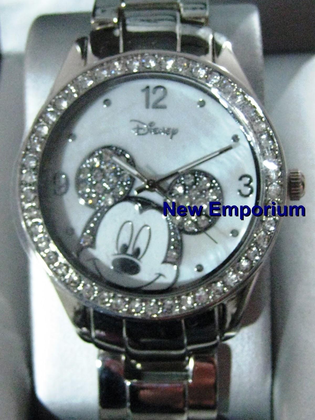 3afd450219f New Emporium - Artigos infantis  Relógio prateado do Mickey. Disney.