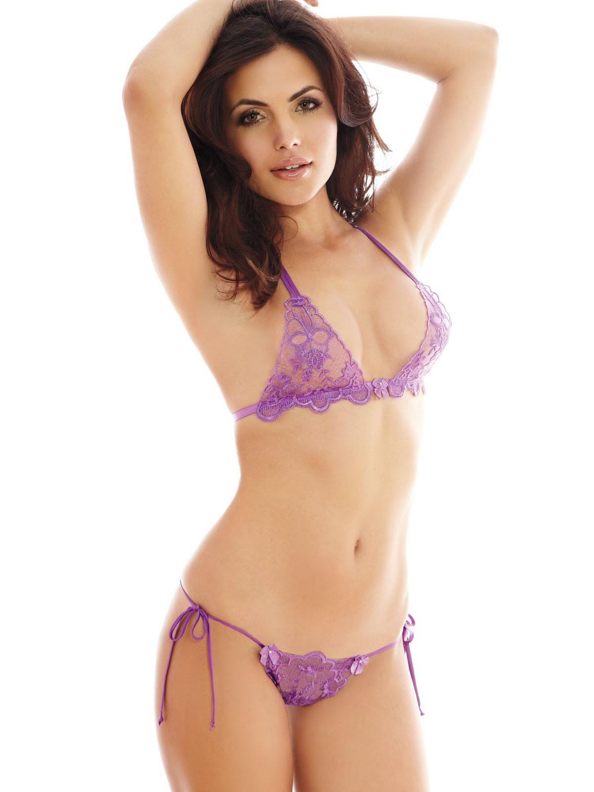 Diana Hot