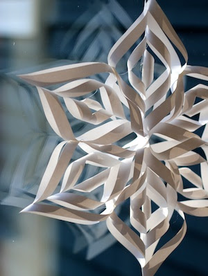 where can i buy paper snowflakes
