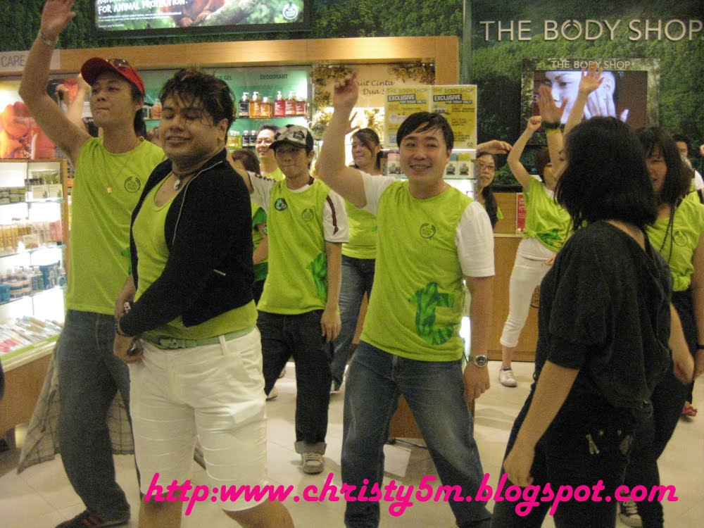 market segmentation the body shop malaysia Today i'd like to start with my favourite and that's the body shop talk about a beauty brand: the body shop when the body shop finally launched in malaysia.