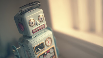 Vintage Metal Robot Toy HD Desktop Wallpaper