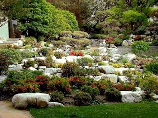 Ogrody przydomowe galeria zdj wybierz sw j wymarzony for Jardines en pendiente