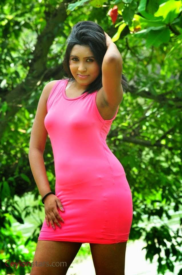 Sachi Wickramasinghe pink hot