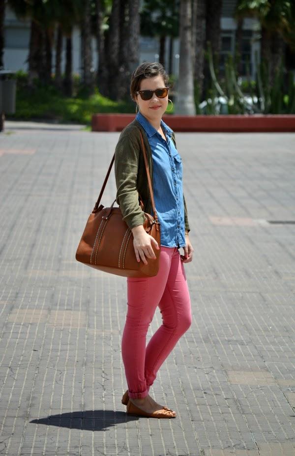 look_outfit_pantalón_rosa_camisa_vaquera_nudelolablog_05