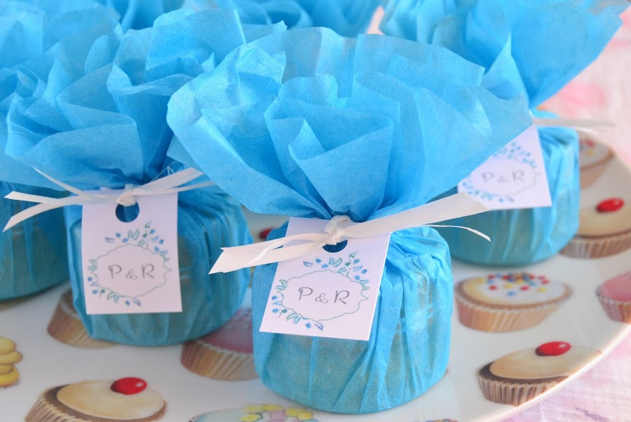 detalles de boda en azul balsamos de karite