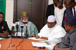 2019: What Atiku told Buhari after signing Peace Accord