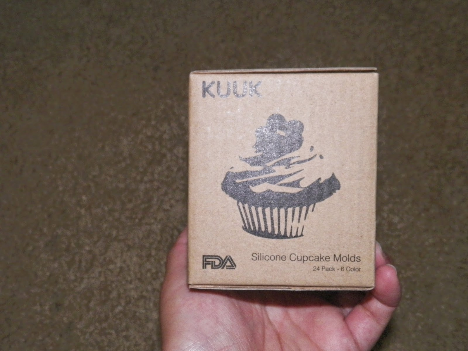 Kuuk_Silicone_Cupcake_Mold.jpg