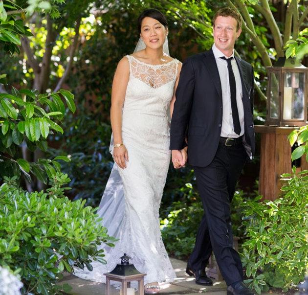 Весілля Прісцілли Чан і Марка Цукерберга, весільна сукня Клер Петтібон