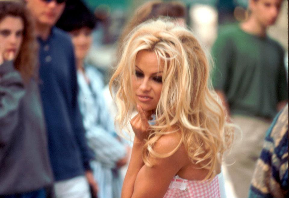 Pamela Anderson UpLoad Foto Sexy