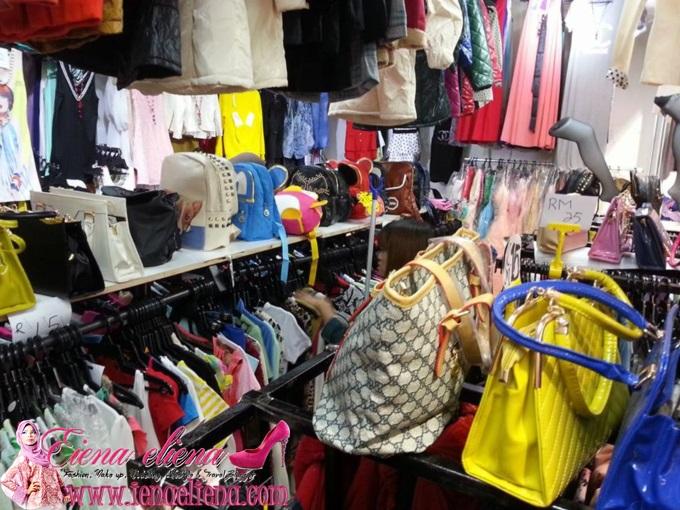 Gambar keadaan kedai di my new fashion berjaya times square