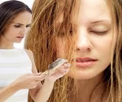نصائح لعلاج جفاف وتقصف الشعر