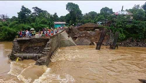 Collapsed bridge in Kabulua, Sta. Elena, Camarines Norte
