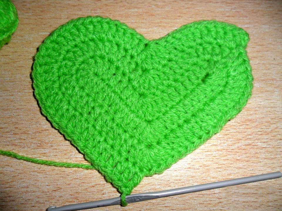 Corazon tejido a crochet utilisima