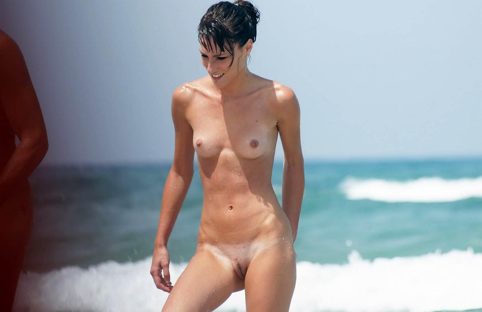 Super beauties voyeur beach