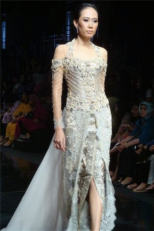 Foto Model Baju Kebaya French Lace
