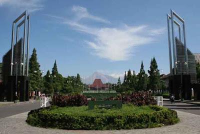 10 Universitas Terbaik di Indonesia dan Dunia
