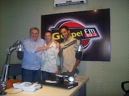 COM O PR. KALEBE NO ANTIGO ESTÚDIO DA RÁDIO GOSPEL FM 89.3