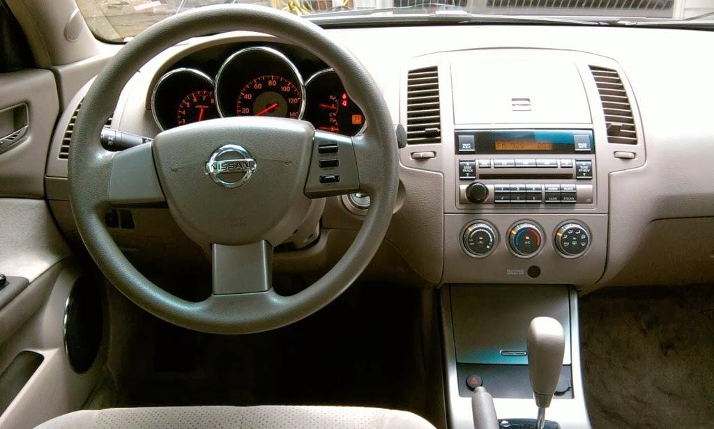 Nissan Altima 2.5 Car Interior Design Photos