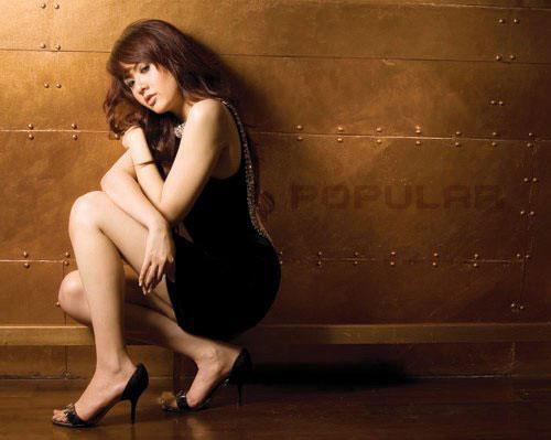 Foto Hot Model Sexy Dan Cantik Majalah Popular, Astrid Fransisca