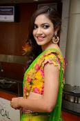 Reetu varma sizzling in half saree-thumbnail-4