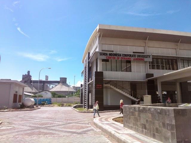 Gedung Corporate University PT SI