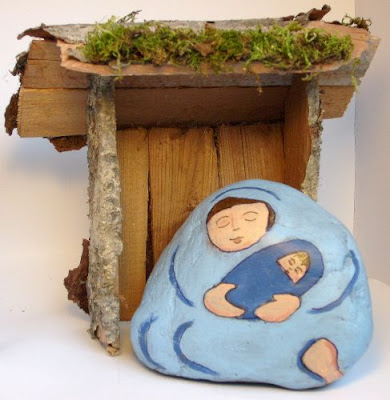 painted rocks, nativity scene figures, Madonna, Child, Cindy Thomas