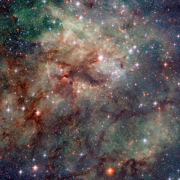 Hubble snaps a new awesome close-up of the Tarantula Nebula!