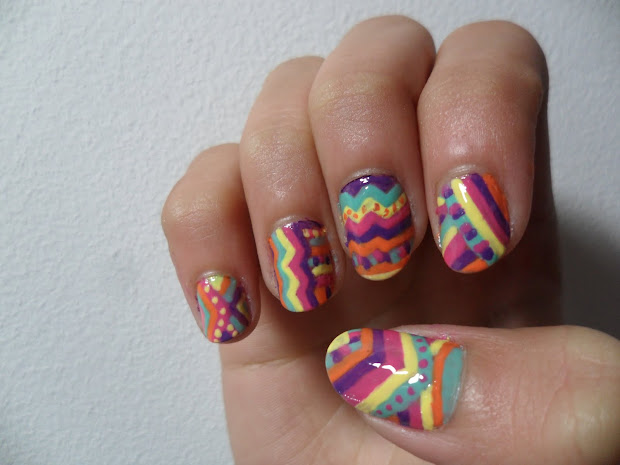 madnails. aztec print nails