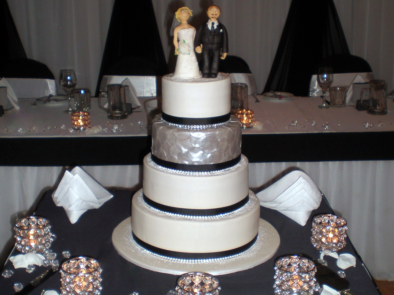 White And Silver Bling Wedding Cakes Viewing Gallery