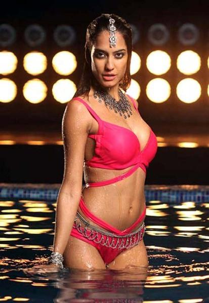 bollywood actress sexy hot pics