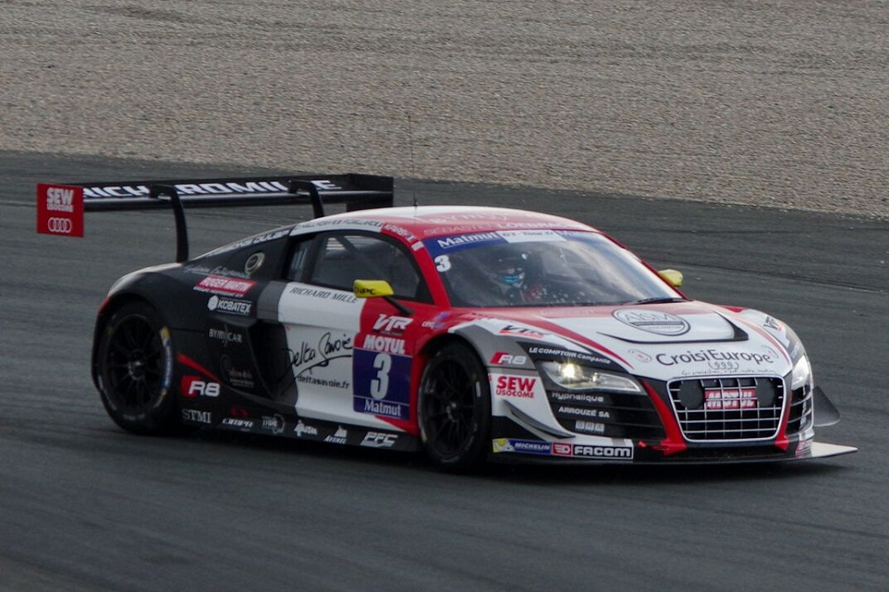gt tour s bastien loeb racing audi wins val de vienne race 2 audi motorsport blog. Black Bedroom Furniture Sets. Home Design Ideas