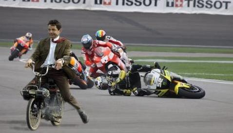Foto Lucu Mr.Bean Motor GP