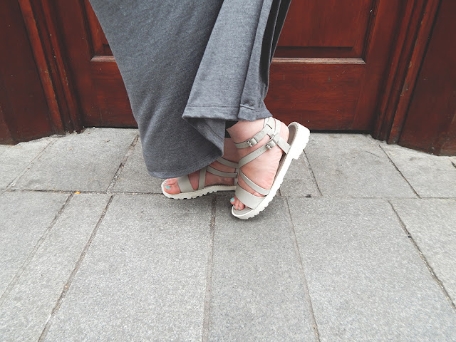 grey skirt and gladiator style sandals