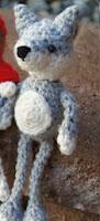 http://susigurumi.blogspot.com.es/2013/08/patron-caperucita-roja-y-el-lobo.html
