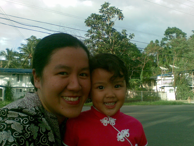 Kecil & Mama waiting for the bus