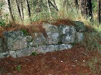 Restes dels murs del Castell de Gaià situades al lloc de l'esmorzar