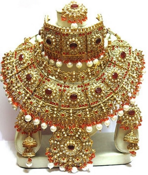 Indian Wedding Jewelry for Brides